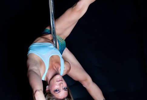 De Anne: What kind of confidence does pole bring you?